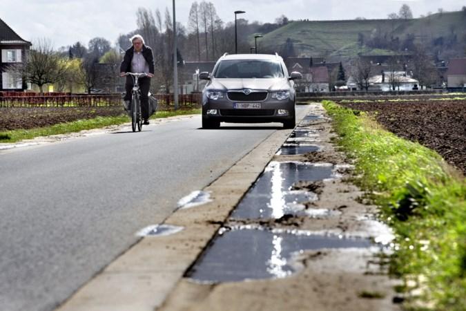 Drempels en rijstroken moeten meer benadrukken dat Mergelweg een fietsstraat is