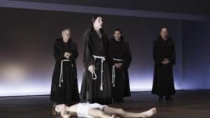 Internationaal Theater Amsterdam brengt bekroond 'Het hout' naar Maastricht: 'Helaas is misbruik nog steeds actueel'