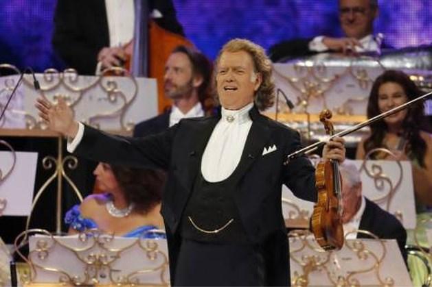 André Rieu schenkt 425.000 euro aan Cultuurfonds Limburg: 1000 kinderen krijgen muziekles