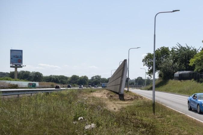 Geluidsschermen aan autoweg bij Schinnen worden vijf meter hoog
