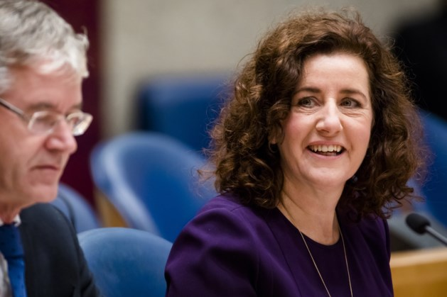 Minister Van Engelshoven brengt bezoek aan Maastrichtse wijk Sint-Pieter