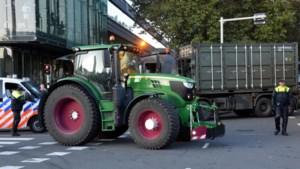 'Boerenblokkades bij distributiecentra gaan uitlopen op clash met legerinzet'
