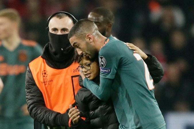 Ziyech start zoektocht naar jonge fan uit Lille