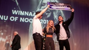 Elle Hollis openingsact op Pinkpop na winst in Nu of Nooit