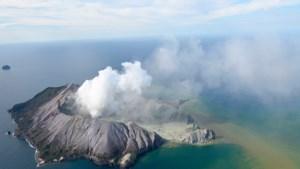 Zeker een persoon omgekomen bij vulkaanuitbarsting Nieuw-Zeeland, vermoedelijk meer doden