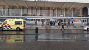 Uit trein gehaalde onderkoelde Afrikanen in ziekenhuis aangehouden
