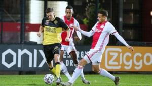 Jong Ajax geeft Roda les in effectiviteit
