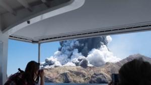 Zeker vijf doden bij vulkaanuitbarsting Nieuw-Zeeland: 'Onbeschrijflijk'