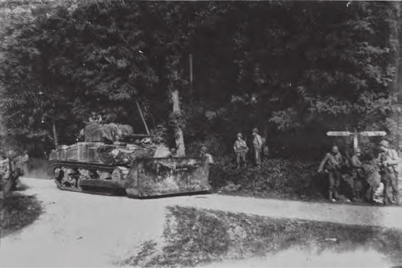 Lezerbrieven over de bevrijding: '75 jaar later terug naar dezelfde plek'