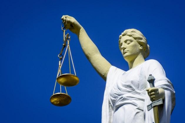 Celstraf en behandeling voor terrasbelager