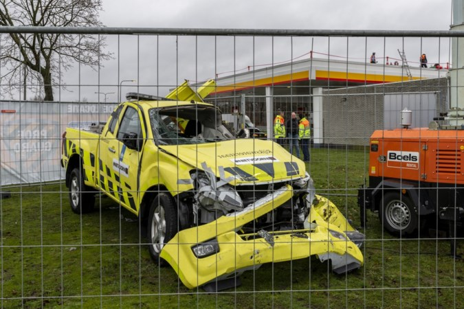 'Je moet bijna levensmoe zijn om met je dienstauto een afrit af te sluiten'