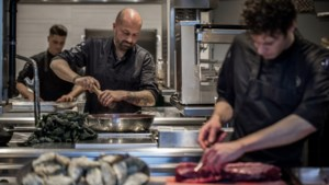Kapotte leidingen en kortsluiting in sterrenrestaurant Beluga: 'Ik heb tot mijn enkels in het water gestaan'