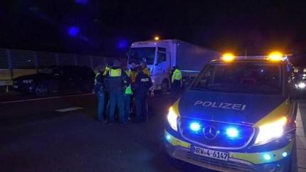 Ongeluk tijdens achtervolging van gestolen auto door politie: A73 afgesloten