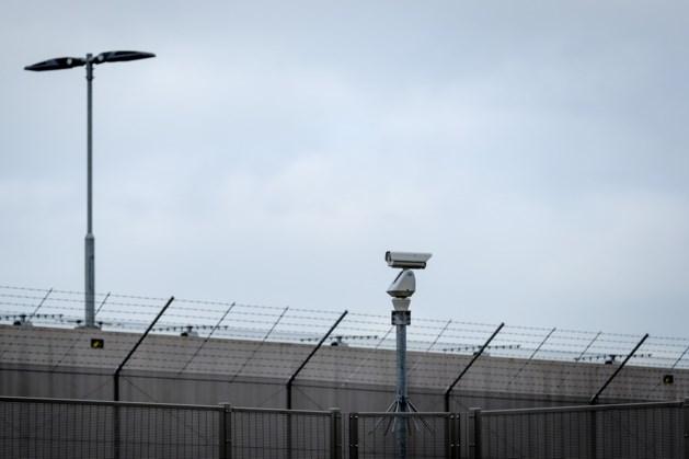 25.000 gesprekken opgenomen in gevangenissen, mogelijk tientallen afgeluisterd