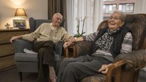 Wiel en Mia uit Heerlen kunnen dankzij een logeerbed hun 70e huwelijksnacht samen vieren