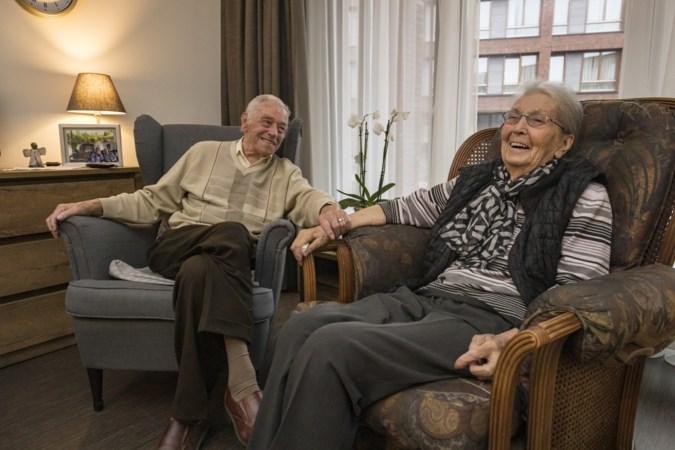 Wiel en Mia uit Heerlen kunnen dankzij een logeerbed hun 70ste huwelijksnacht samen vieren