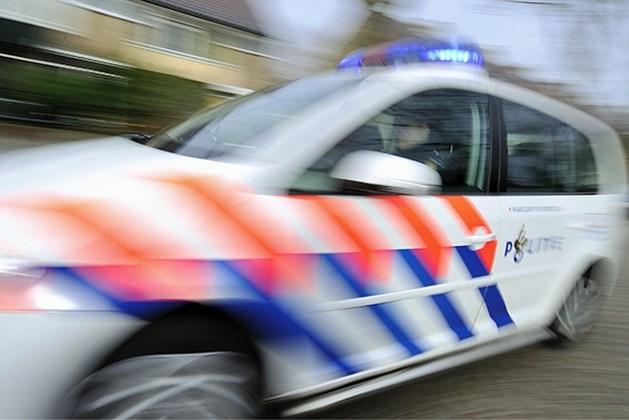 Politie haalt fietser van snelweg in Stein