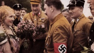 Oostenrijkse stad wil ereburgerschap Adolf Hitler intrekken
