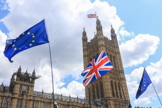 Britten krijgen nieuwe brexitmunt met juiste datum