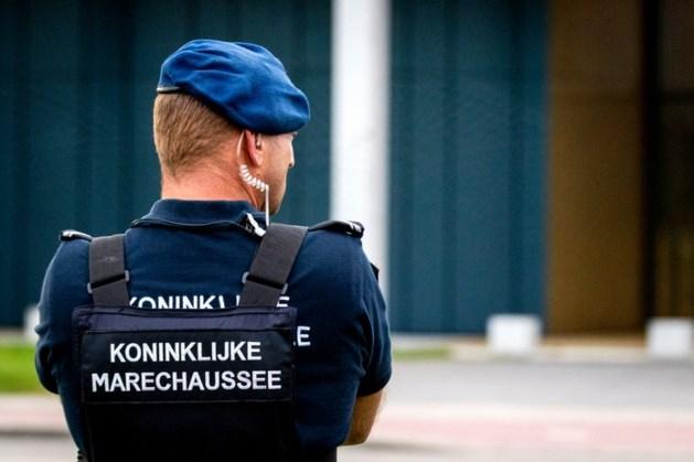 Verdacht pakketje Schiphol is geen explosief, afzettingen opgeheven