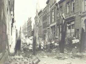 Roermond als frontstad (deel 15) - Voordeuren en versperringen - december 1944