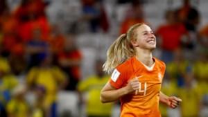 Lach Jackie gaat de wereld over: de speelster die nooit scoort schiet Oranje naar WK-finale