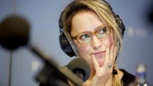 Presentatrice Willemijn Veenhoven neemt ontroerd afscheid van Radio 1