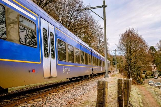 Urenlang hinder voor reizigers in Parkstad door defecte trein