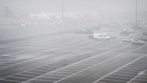 Vliegverkeer Eindhoven Airport plat door dichte mist