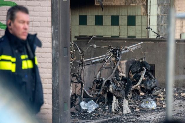 Liftbrand Arnhem mogelijk veroorzaakt door vuurwerk: vader en zoontje (4) overleden