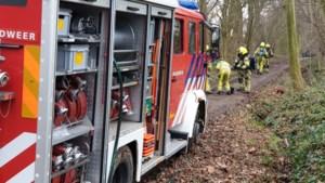 Busje met drugsafval gedumpt en in brand gestoken