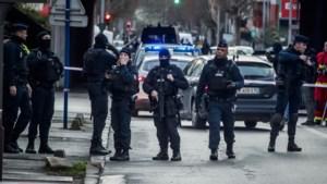 Messteker voorstad Parijs schreeuwde tijdens zijn daad 'Allahu akbar'