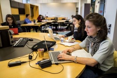 Stress over halen deadline scriptie voor even voorbij, studenten weer aan de slag na cyberhack op Universiteit Maastricht