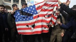 Iran wreekt 'martelaar Soleimani' met aanval op legerbases VS in Irak
