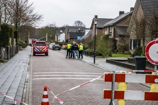 Auto met mogelijke explosieven gevonden in Didam, omgeving afgezet