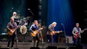 The Analogues spelen The Beatles tot in perfectie