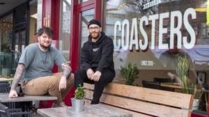 'Urban' koffiezaak met eigen kledinglijn Coasters in Heerlen sluit af met veiling van inboedel en voorraad