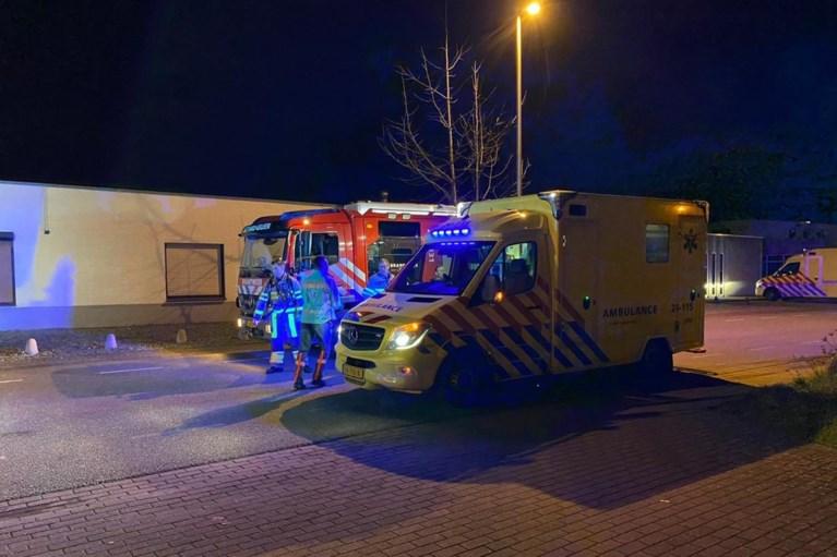 Zwaargewonde door ontploffend vuurwerk in Born, drie arrestaties