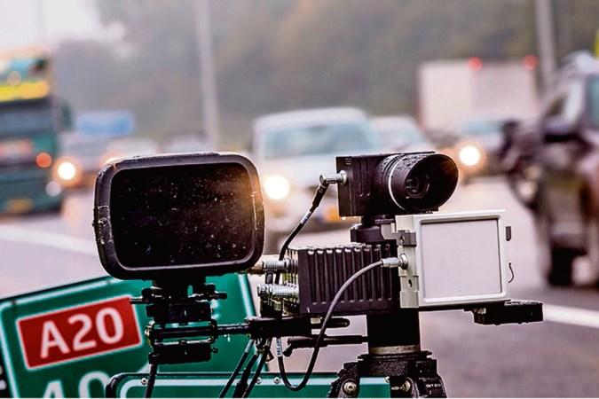 Minder snelheidsboetes: populaire app Flitsmeister tart politie bij controles