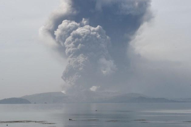 Duizenden mensen geëvacueerd na uitbarsting vulkaan op de Filipijnen