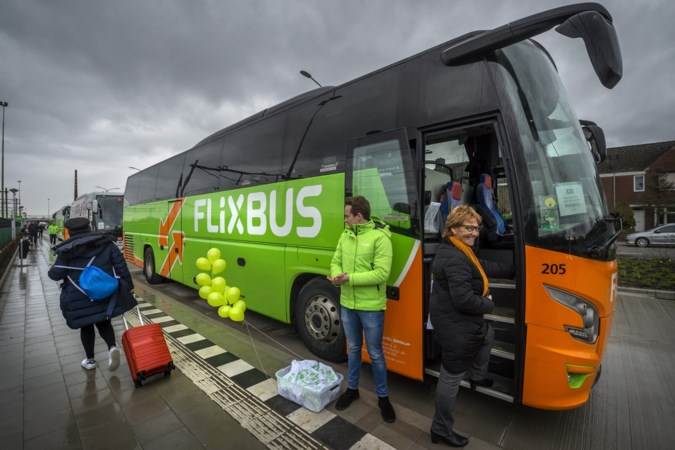 Opening internationaal busstation Maastricht: de bus zit in de lift