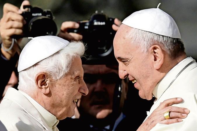 Oude en nieuwe paus botsen over celibaat