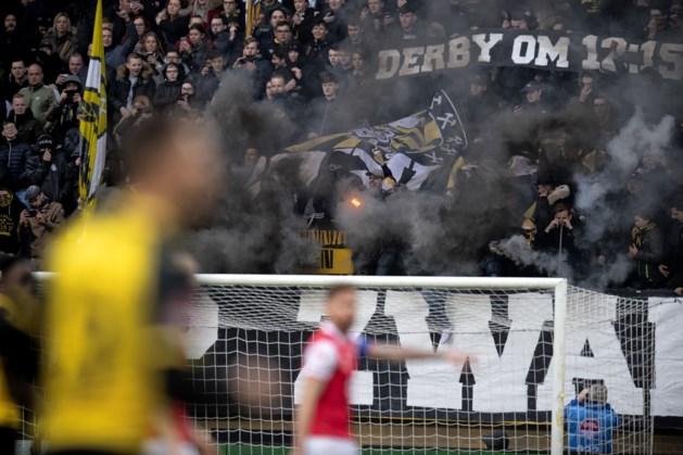 Waarom blijven supporters hun club benadelen en maar vuurwerk afsteken in stadions?