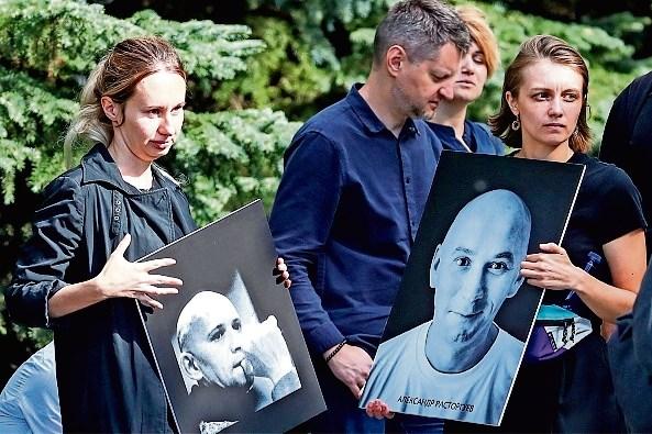 Vraagtekens rond dood Russische journalisten