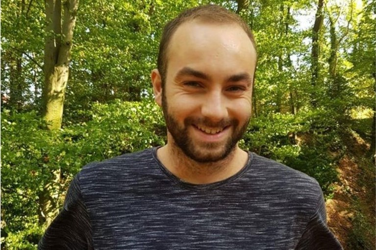 Politie zoekt vergeefs in het water naar vermiste Flynn (24)