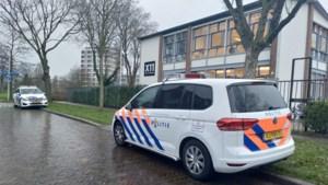 'Verwarde man' loopt Utrechtse middelbare school binnen en dreigt leerlingen dood te schieten