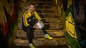 VVV-nieuweling Oussama Darfalou: 'Ik wil minuten maken zodat ik weer in beeld kom bij de Algerijnse ploeg'