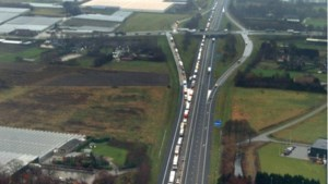 'Snelweg A67 moet worden verdubbeld'