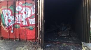 Visclub gedupeerd door brand in container: 'Ik wil niet dat zo'n oude vereniging zomaar verloren gaat'
