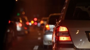Kilometerslange file in avondspits na ongeluk op A2